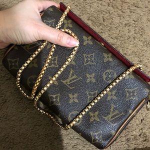 Authentic Louis Vuitton bag/ purse
